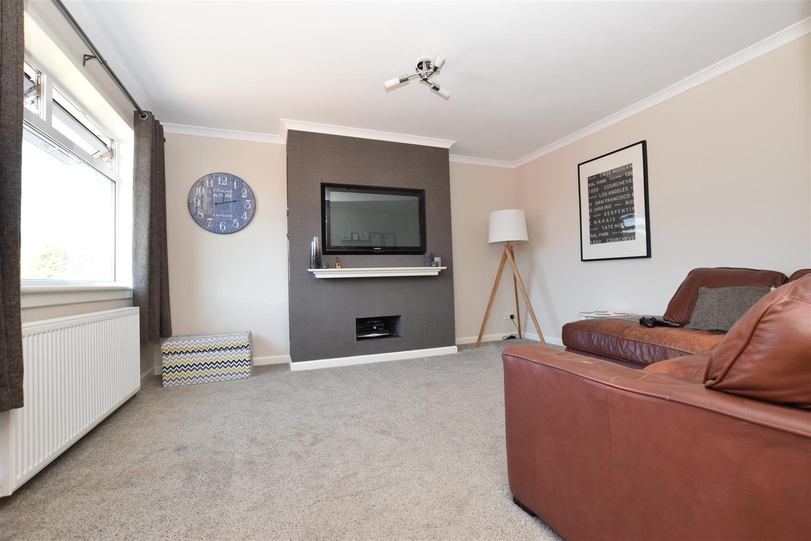 111, Lumsden Crescent, Almondbank, Perthshire, PH1 3UA, UK